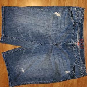 Elle distressed denim jean short size 20 W